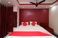 OYO 1865 Hotel Trivedi International Deluxe