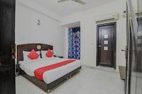 OYO 12090 Hotel Mandakini Palace Deluxe
