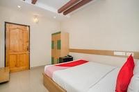 OYO 436 Emirates Suites