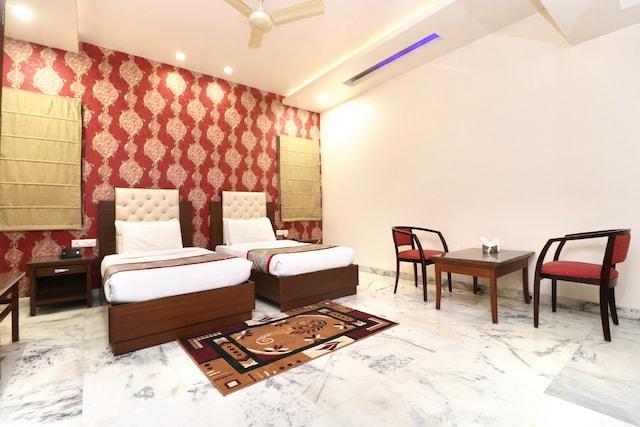 Palette - Hotel Leela Grande Deluxe