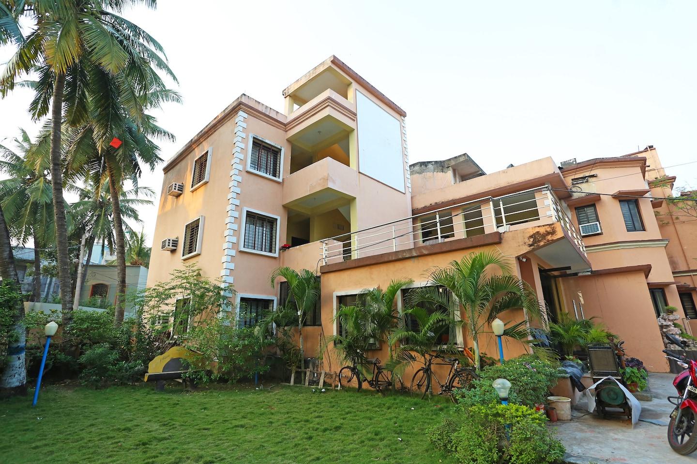 OYO 1949 Hotel Surya Garden -1