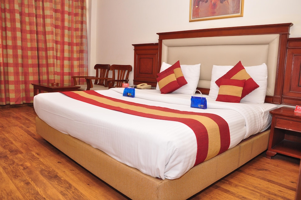 OYO 1965 Hotel Mohan International