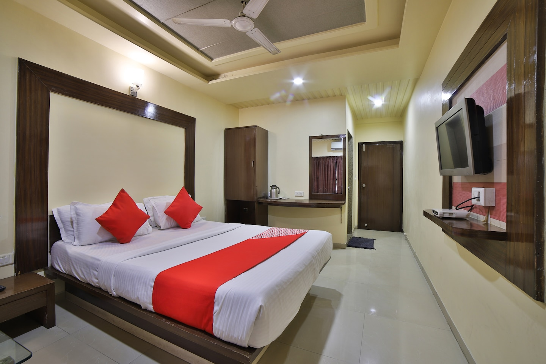 OYO 1967 Hotel Kalash Residency -1