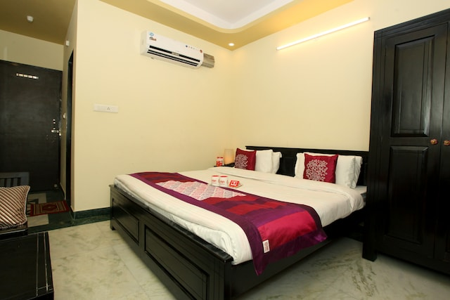OYO Rooms 115 Kanti Nagar Sindhi Camp