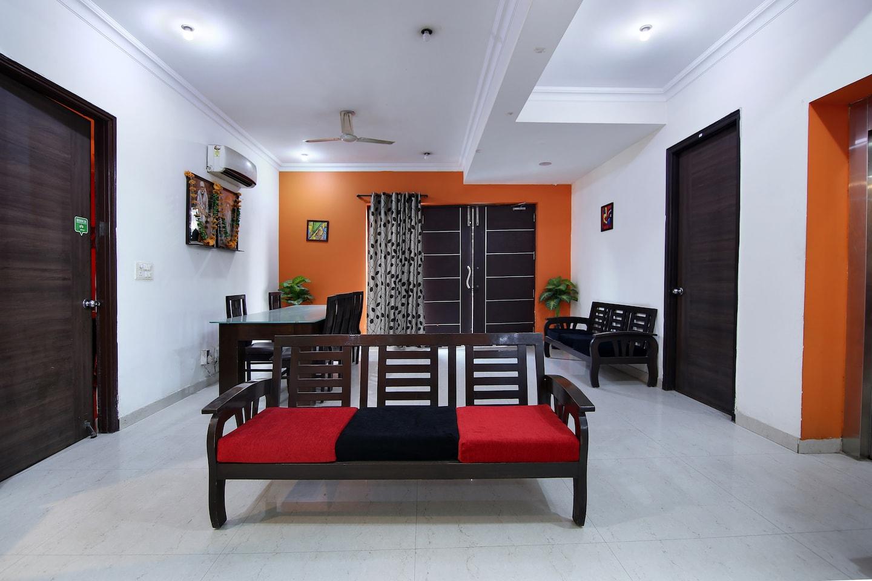 Oyo 441 Hotel Mascot Noida