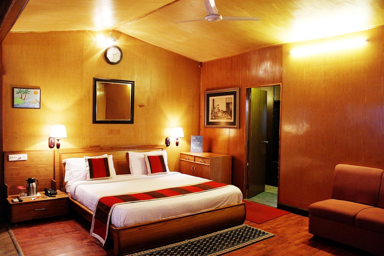 OYO 1995 Hotel Nirwana -1