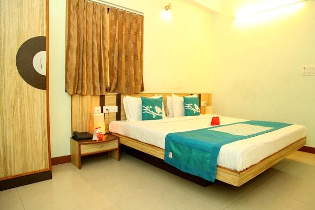 OYO Rooms 117 Sindhi Camp Ganpati Plaza