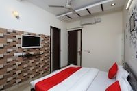 OYO 442 Star Guest House