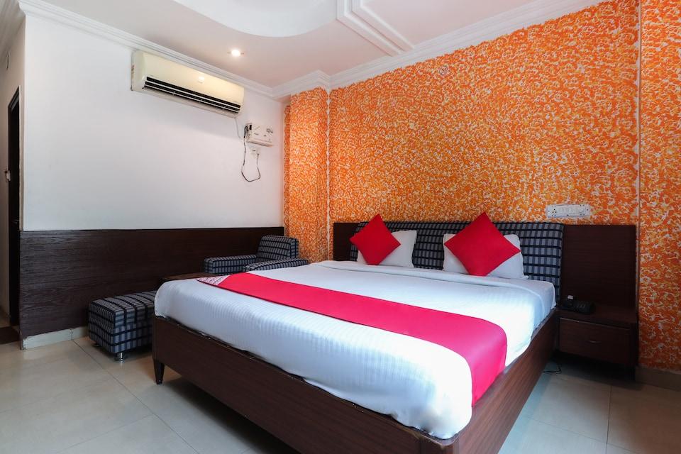 OYO 2007 Hotel Monarch Inn By Asapian Hotels