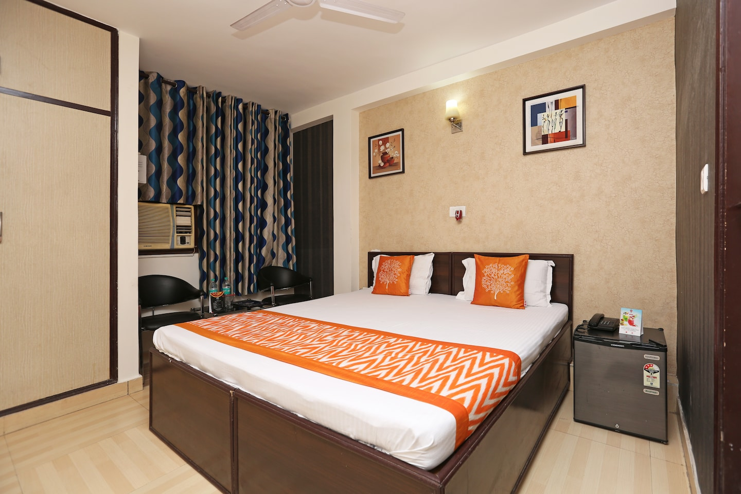 OYO Rooms 274 Dwarka Sector 7 Room-1