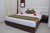 OYO 2044 Hotel Premier