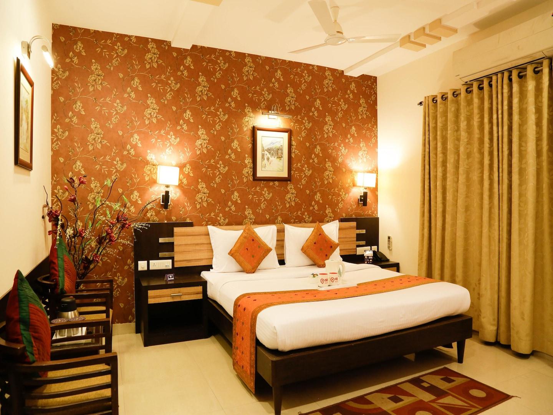 OYO 2045 Hotel Siddharth Palace -1