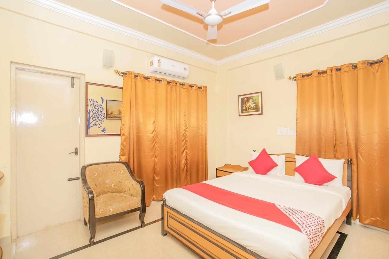 OYO 2052 Hotel Compact Green View -1