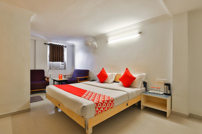 OYO 10044 Hotel Dudawat -1