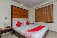 Capital O 16011 Hotel Mohan International