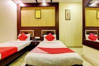 OYO 2064 Hotel The Spot