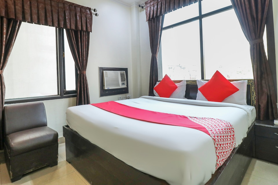 OYO 2065 Hotel Ashoka Grand