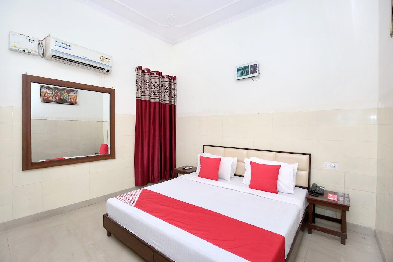 OYO 12934 Hotel Shivjot -1
