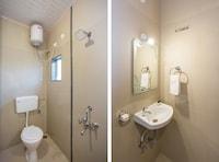 OYO 12935 Hotel Shrushti Inn