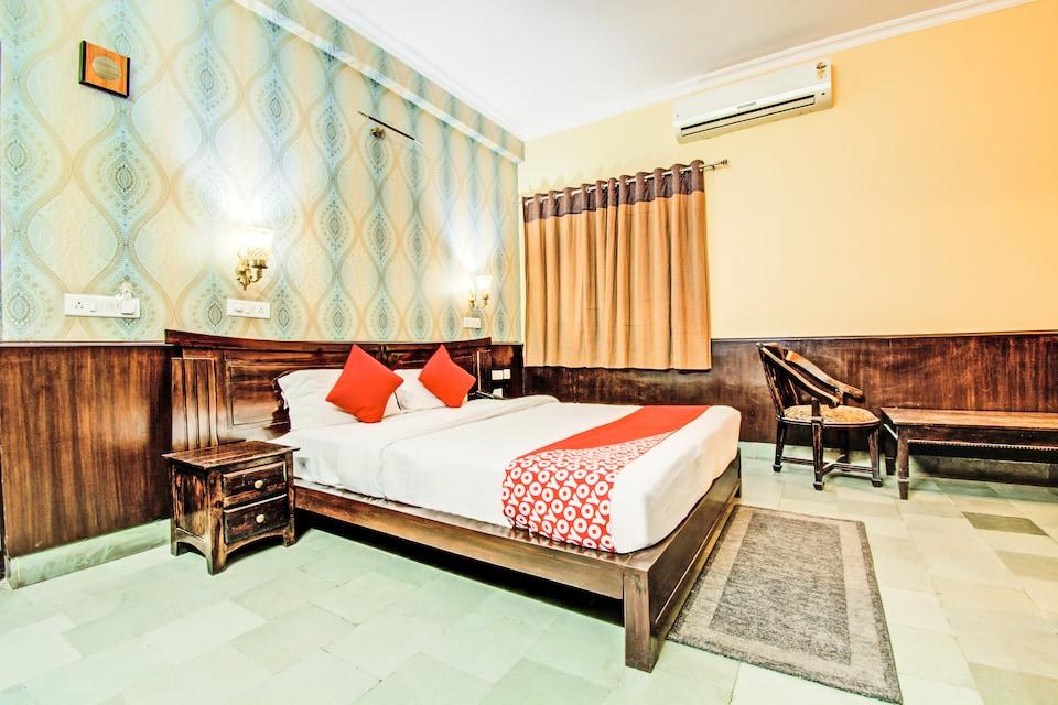 OYO 2072 Hotel Indigo Heritage