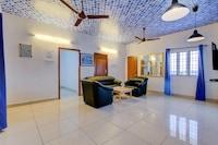 OYO Home 12958 Luxury Studio