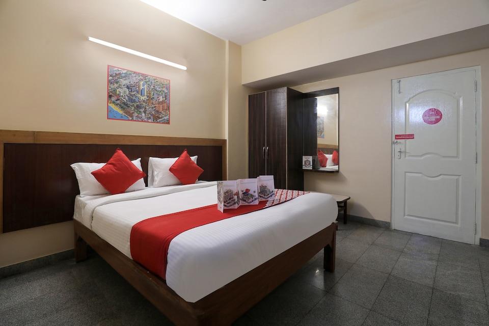 OYO 12965 Archana Comforts, Majestic Bangalore, Bangalore