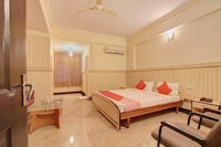 OYO 12985 Sabharwal Viceroy
