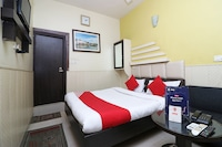 OYO 2075 Hotel Kota Royal