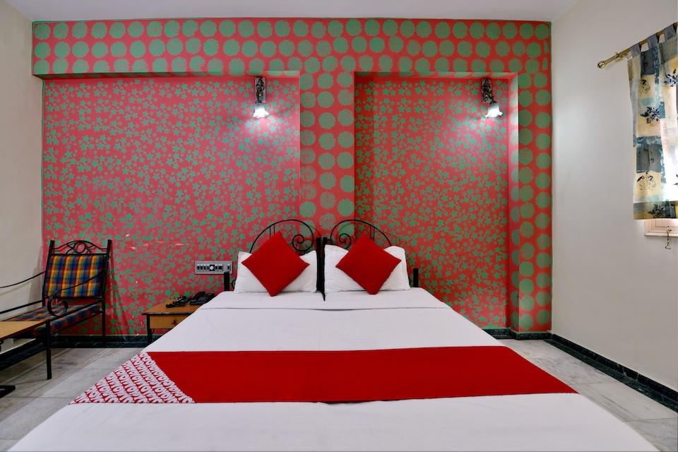 Capital O 13000 Hotel Utsav Residency