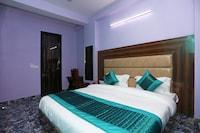 OYO 13028 Jhanvi palace
