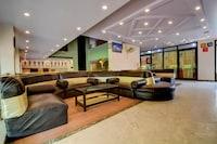 OYO 18814 Hotel Maya International