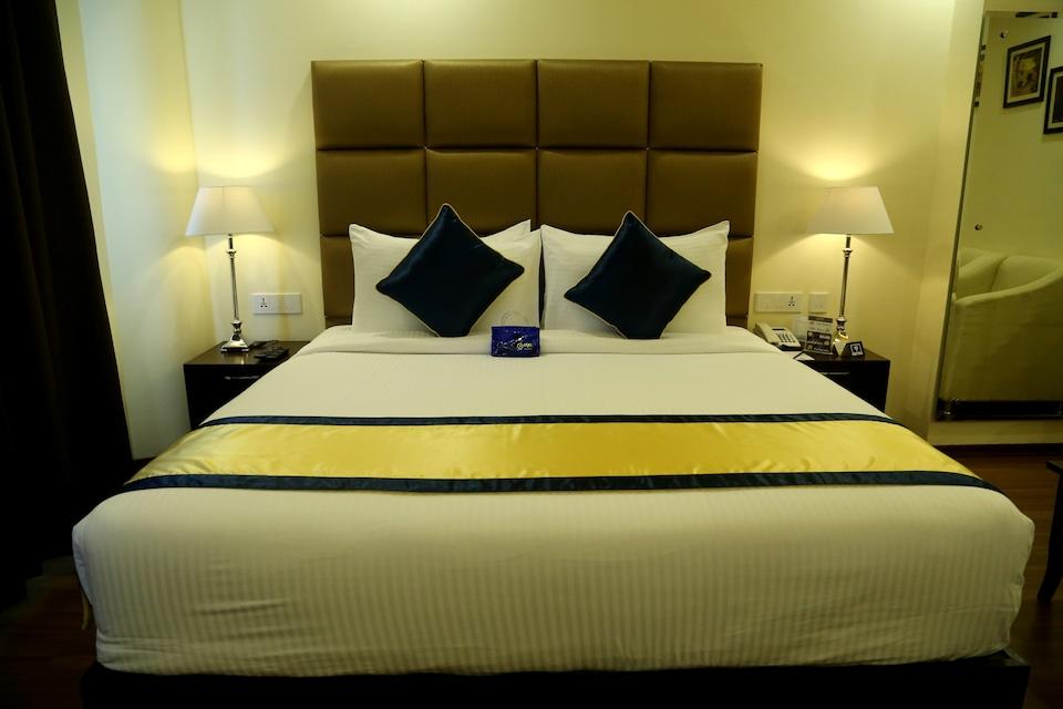 OYO 2092 Days Hotel