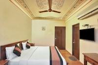 OYO 2105 Hotel Royal Sheraton Suite