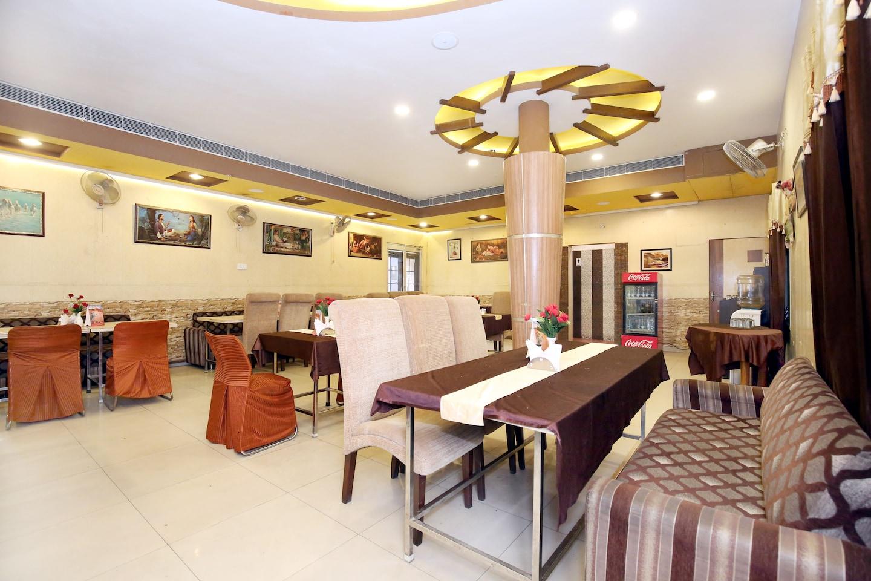 OYO 2130 Hotel HK Continental -1