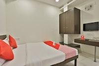 OYO 2156 Hotel Isher International