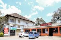 OYO 2158 Hotel SN