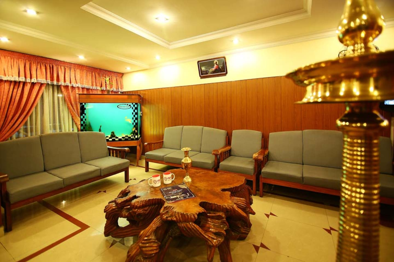 OYO 2159 Hotel SN Sujatha Inn -1