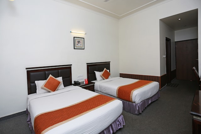 Capital O 2166 Hotel KMahaveer
