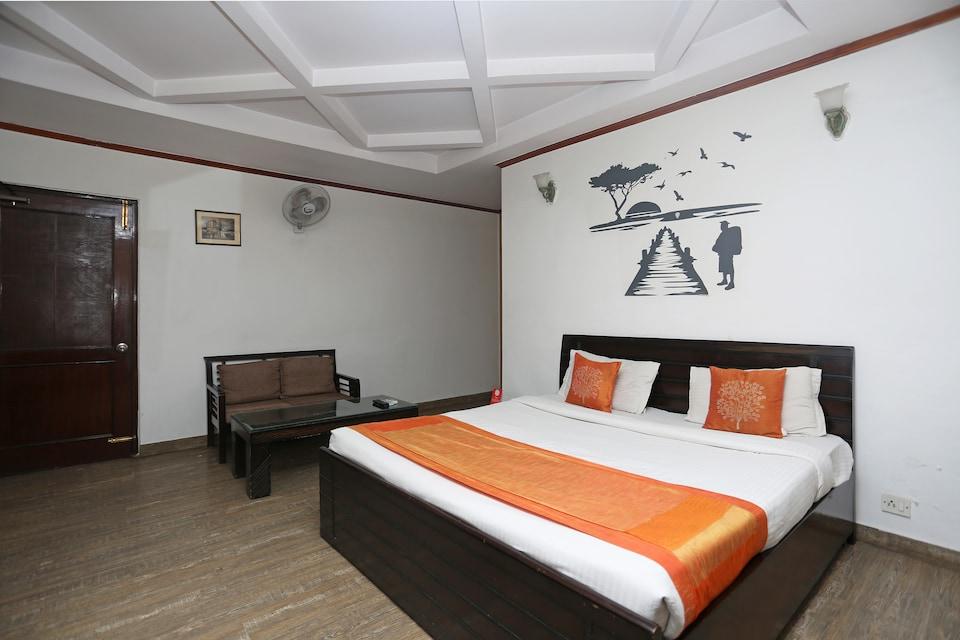 OYO 2173 Hotel 19 BVM