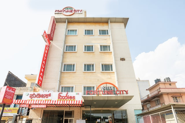 OYO 2183 Hotel Fortune City