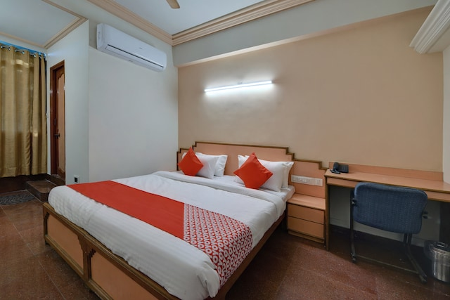 OYO 11984 Hotel Peace
