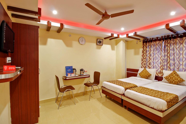 OYO 2236 Hotel Asian Inn -1