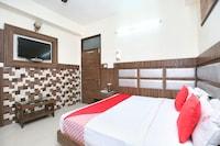 OYO 2253 Hotel Ishita Residency