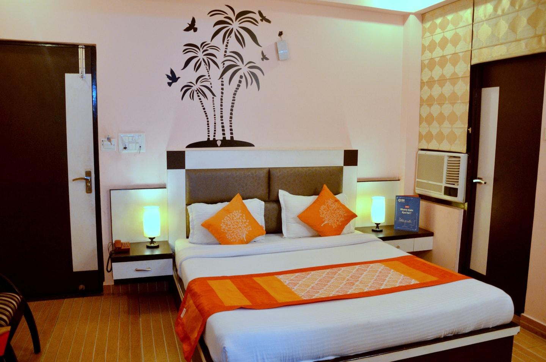 OYO 2263 Hotel Govinda Royal -1