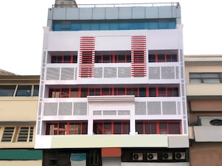 OYO Rooms 146 MI Road Ganpati Plaza