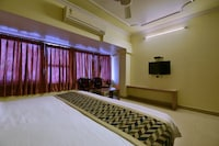 OYO 2289 Hotel Radha Palace