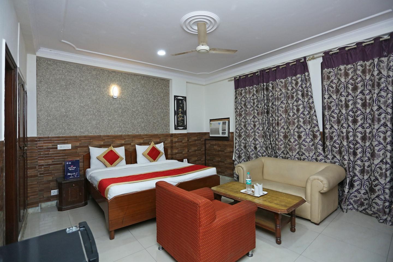 OYO 472 Hotel Sareen -1