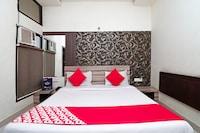 OYO 2297 Hotel Crown