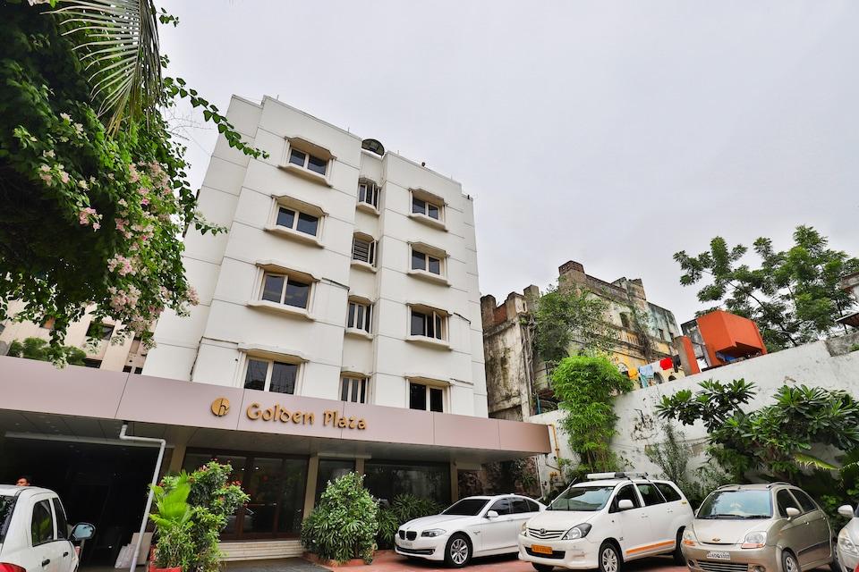 Capital O 2351 Hotel Golden Plaza, Ashram Road Ahmedabad, Ahmedabad