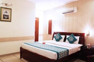 OYO Rooms 004 Near Karnal Railway Station